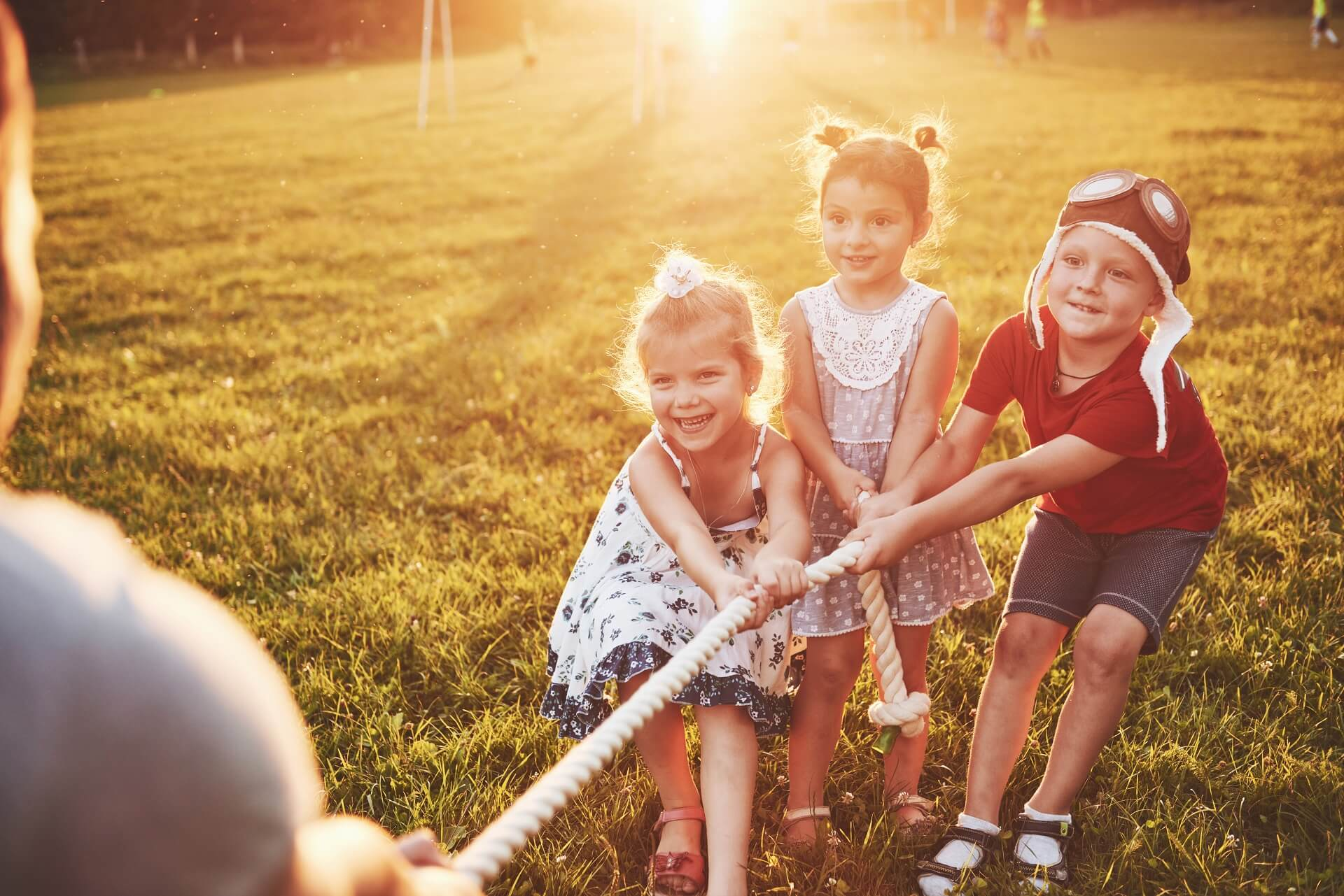 Classic Outdoor Games for Kids to Play with Friends