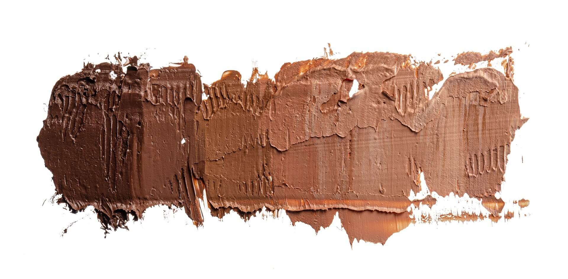 Choosing Foundation for Dark Skin