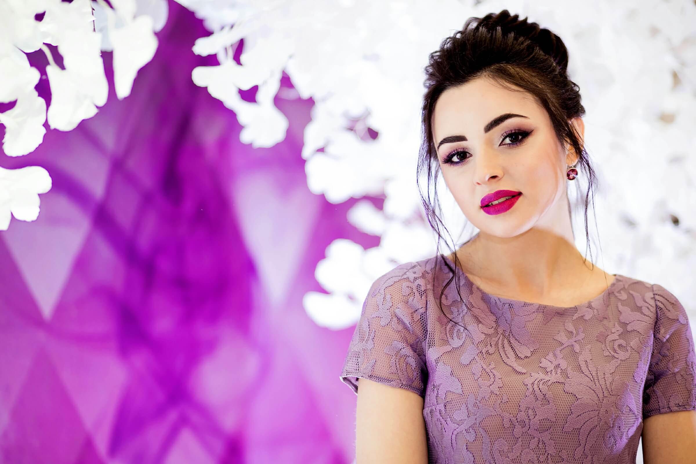 A Colorful Fall and Winter Bridesmaid Makeup Idea