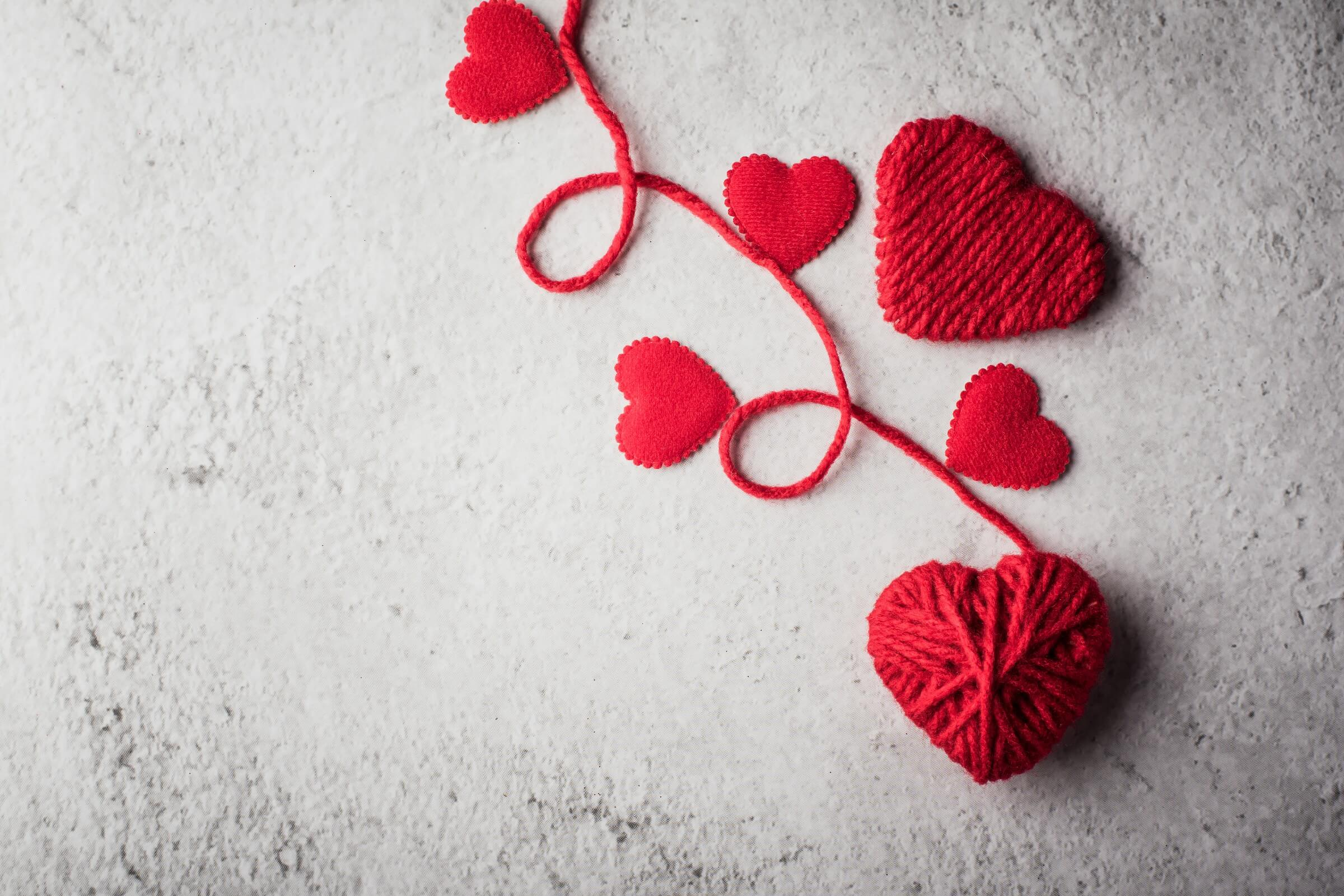 Romantic Valentines Day Office Décor for Your Wall