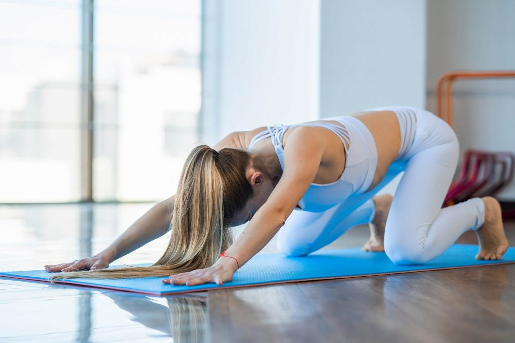 Bear-Crawl Shoulder Taps Is One Of The Best Metabolic Exercises
