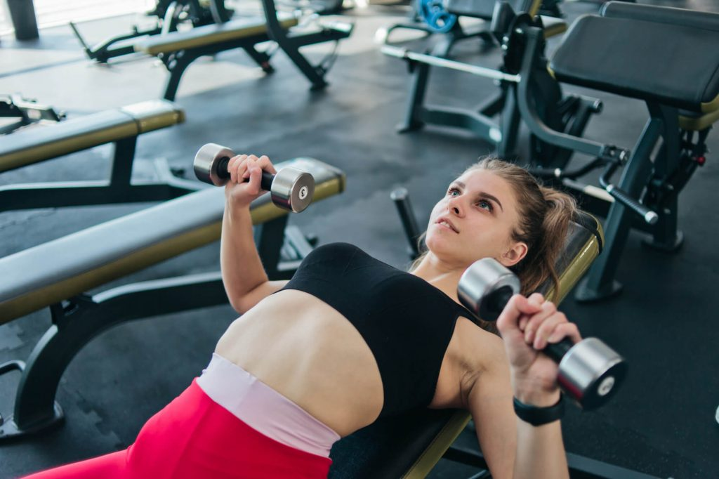 Muscular endurance exercises : How to do chest press?
