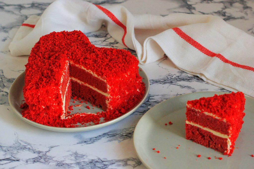 Romantic heart shape cake ideas